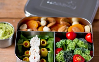 Healthy snacks in een BPA-vrije lunchbox