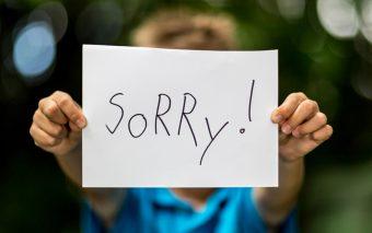 Kinderen en sorry zeggen. Forceren werkt niet.