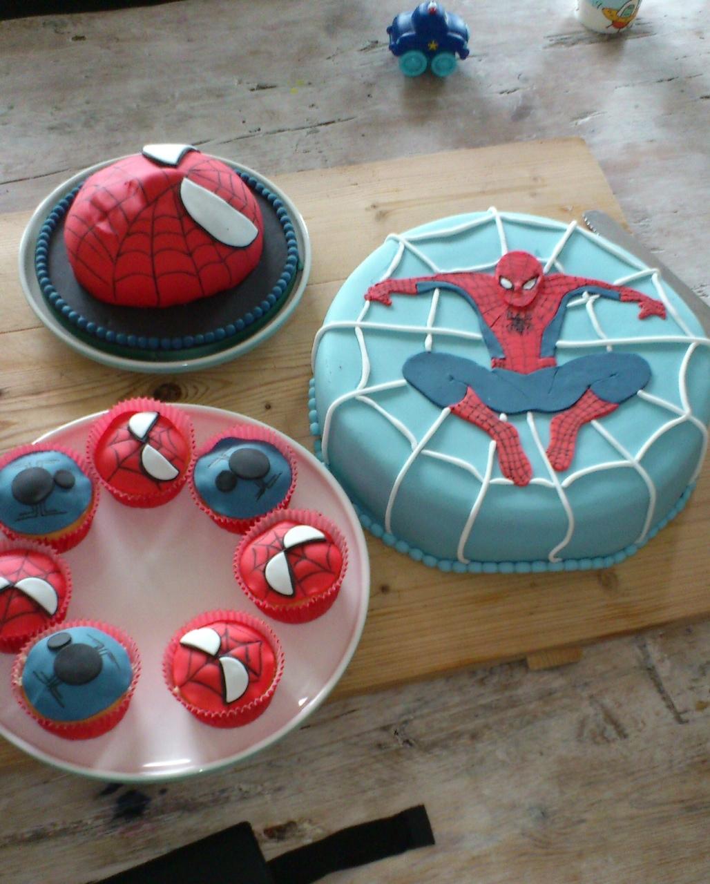 Fabulous Het hoogtepunt van elk feest: taart! - mamaschrijft @ZO49