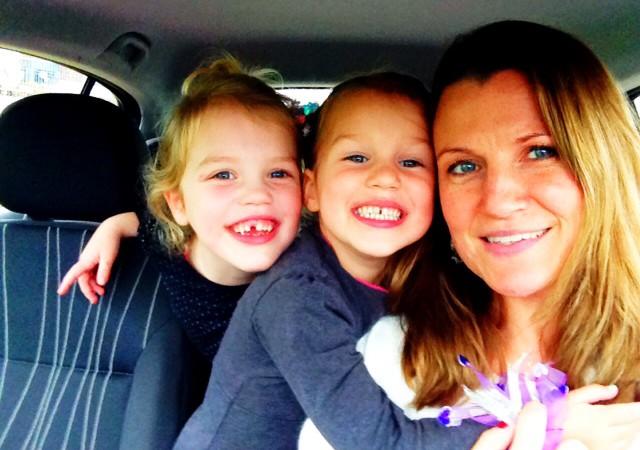 Suuz en dochters Sarie en Lotje.