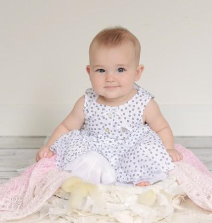 Izzie, zes maandjes jong