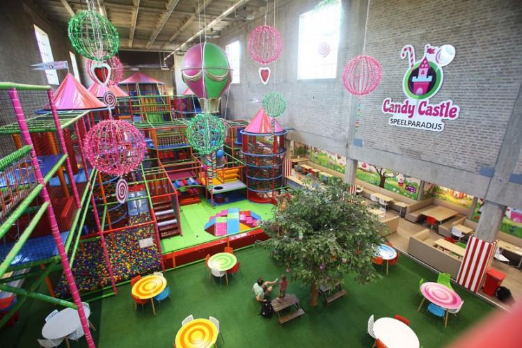 Binnenspeeltuin Candy Castle Amsterdam.