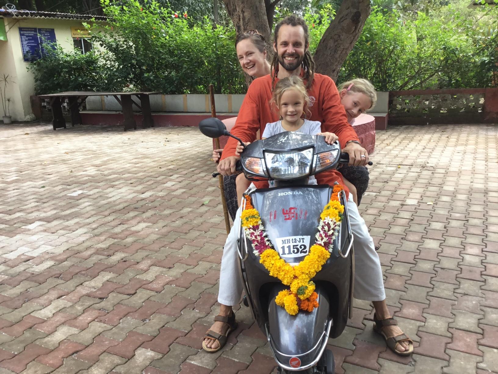 Een ritueel voor een nieuwe (oude) scooter.