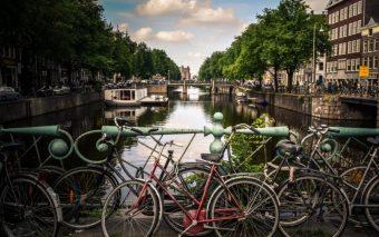 Wonen met je gezin in Amsterdam: niet-te-doen.